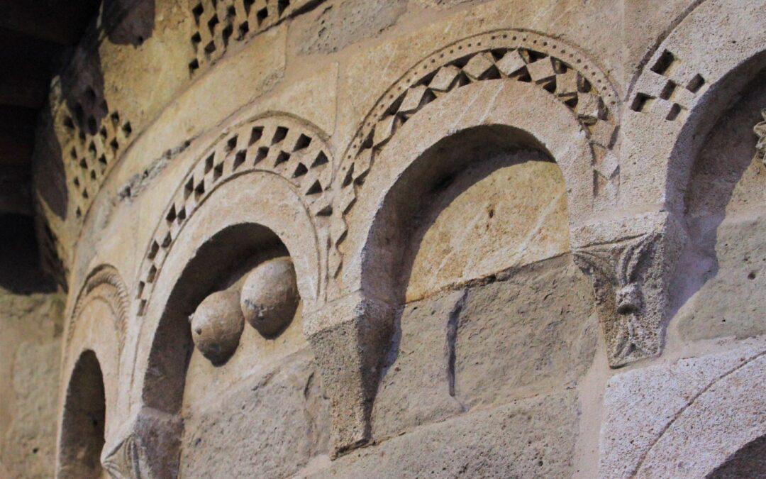Cool.. ture Trip in Monferrato: Arte e Gusto nelle Terre del Romanico.