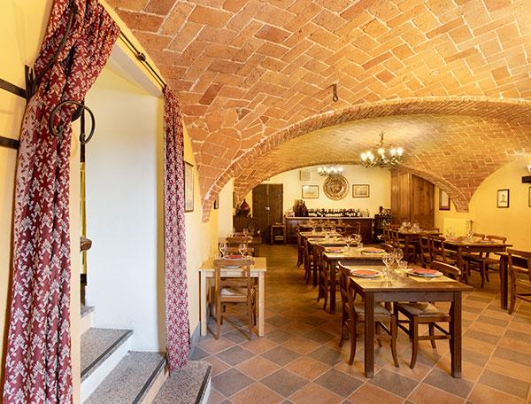 Sala del Ristorante La Raviola Galante, Scurzolengo, Monferrato, Piemonte